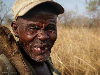 Bowhunting Benin Pedro Ampuero Portada004